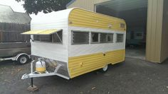Nice new old camper. Looks great love yellow.