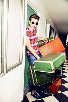 River Island Spring/Summer campaign- carry on!