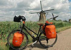 Holland = biking