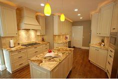 Best Collection Of Cream Cabinet Kitchen Design In Pretty Look - http://www.buckeyestateblog.com/best-collection-of-cream-cabinet-kitchen-design-in-pretty-look/?utm_source=PN&utm_medium=pinterest+flags&utm_campaign=SNAP%2Bfrom%2BBuckeyestateblog