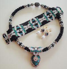 Not without my beads – Nicht ohne meine Perlen: Peyote, Mosaik Türkis und Süßwasserperlen / Peyote, Turquois Mosaic and freshwater pearls