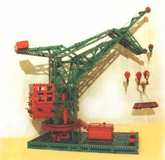 Marklin Meccano floating crane