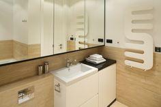 Za lustrami są ukryte... |  Schowki w łazience – pomysły do małych łazienek