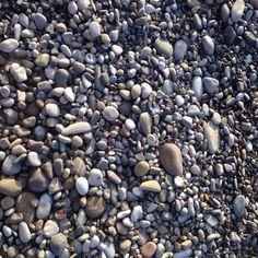 #sassi #spiaggia #mare #colorinaturali #noeffetti