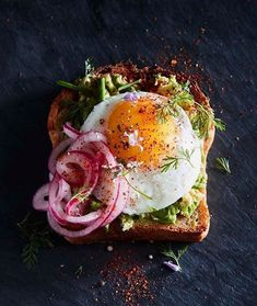 The Ultimate Avocado Toast Williams Sonoma Der ultimative Avocado Toast Williams Sonoma Avocado Toast, Williams Sonoma, Vegetarian Recipes, Cooking Recipes, Healthy Recipes, Healthy Cake, Vegetarian Lunch, Vegan Meals, Skillet Recipes