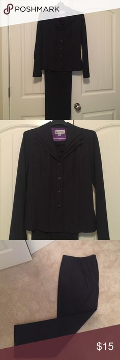 "Ladies Navy/pink Pinstripe Pantsuit-Size 12 63% polyester,34% rayon, 3% spandex. Jacket- bust-40"", waist-36"", hip 40"". Button down front. Pants-banded front/elastic back side zipper. Waist-32"", inseam-30.5"". Very good condition. Comfortable lightweight. Pants Trousers"