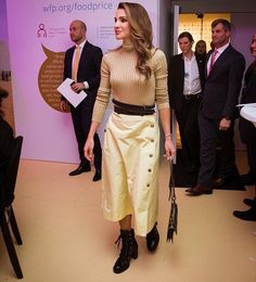 ♔♛Queen Rania of Jordan♔♛... Royal family members attend the meeting of the WEF