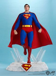 The Christopher Reeve Superman Maquette will make you believe a man can fly. or at the very least, it will strengthen your belief that Christopher Reeve will Batman Superman Comic, Superman Costumes, Superman Movies, Superman Logo, Superman Stuff, Christopher Reeve Superman, Statues, Dc Comics, Superman Wallpaper