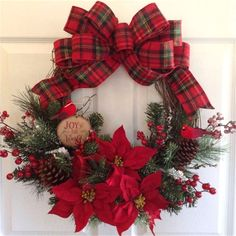 New Artificial Christmas Wreath Stylish Christmas Decor Wreath Hanging Wreath for Door Window Decor Artificial Christmas Wreaths, Christmas Wreaths To Make, Diy Christmas Ornaments, Holiday Wreaths, Holiday Decor, Christmas Trees, Christmas Poinsettia, Crochet Ornaments, Crochet Snowflakes