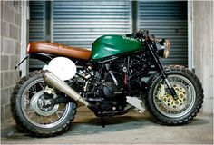 Attractive looking, modern and old school at the same time. DUCATI SUPER SPORT 600 | BY MARCO ARTIZZU | Image