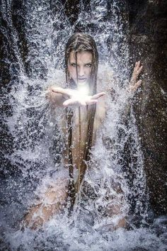 The perfect Fantasy Animated GIF for your conversation. Discover and Share the best GIFs on Tenor. Water Fairy, Foto Gif, Gif Photo, Sea Witch, Water Witch, Gif Animé, Animated Gif, Divine Feminine, Gods And Goddesses