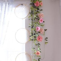 http://fancyfreefinery || felt flower garland