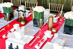 Chinese new year party ideas Chinese Party Decorations, Chinese Theme Parties, Asian Party Themes, Chinese New Year Party, New Years Eve Party, Table Decorations, Party Ideas, Sushi Party, New Year Celebration