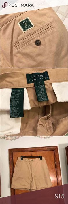 Lauren Ralph Lauren women's size 12 khaki shorts! Lauren Ralph Lauren, women's size 12, khaki color, shorts, pockets, loop holes for belt, longer shorts above knee. Excellent condition no flaws :) Lauren Ralph Lauren Shorts Bermudas