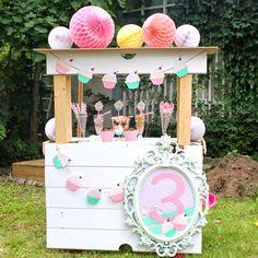 Upea jäätelöbaari! #icecreambar #icecreamparty #lastenjuhlat #jäätelöbaari