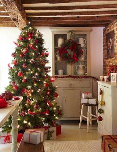 "blissfully-winter: "" all year round winter/xmas blog! """
