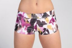 Btru2u Isabella #shorts are perfect for hot yoga, paddle boarding, bar method, pole dance, anything in the water or just for fun!   This fun and playful fabric is so much fu... #clothing #women