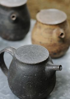beautiful ceramics by Japanese artist Norikazu Oe