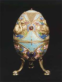 ۞ ⊛Fabergé Style Egg with Attached Legs -    Russia,    20th Century