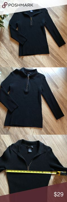 Cable and Gauge - Black sweater💋 Beautiful classy sweater, with 1/4 sipper in front, accented with embossed rhinestones. Three-quarter length sleeve's and in very good condition. 🌹 Cable and Gauge Sweaters