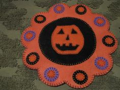 Primitive Halloween Jack O' Lantern Pumpkin  Scalloped  Penny Rug  Candle Mat  #NaivePrimitive #Seller