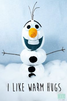 Your guide for how to host a Frozen party. The best DIY decorations, crafts, activities, and recipes for the ultimate Frozen party. Frozen Halloween, Holidays Halloween, Halloween Party, Frozen Themed Birthday Party, Birthday Party Themes, 5th Birthday, Happy Birthday, Frozen Classroom, Snowman Party