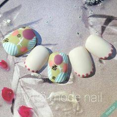 ほっこり北欧ネイル | ナチュラルで独特のかわいさ!マリメッコetc. - Yahoo! BEAUTY Gel Nails, Fancy, Yahoo Beauty, Fashion, Nail Designs, Bonito, Gel Nail, Moda, Fashion Styles