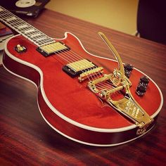 Gibson Les Paul Custom Wine Red w Bigsby