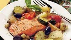 10 Easy Dinners Under 400 cal - Roast Salmon Provençal