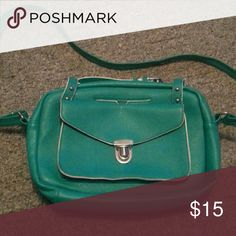 Excellent condition teal purse Excellent condition teal purse Bags Shoulder Bags