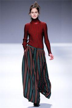 Sfilata Issey Miyake Paris - Collezioni Autunno Inverno 2013-14 - Vogue