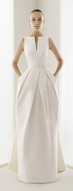 White long evening dress -The cut in this is simple amazing! Chic Dresses and beautiful Skirts
