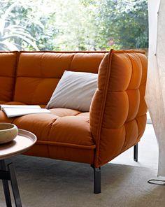 Sofa: HUSK-SOFA - Collection: B&B Italia - Design: Patricia Urquiola