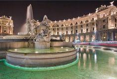 Piazza Repbulica – photo by Luca Bonora