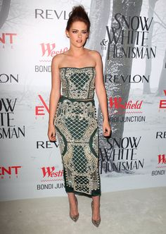 Kristen Stewart at Snow White Sydney Premiere--- I like this dress. funky material.