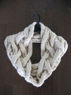 Ravelry: Cable shoulder wrap pattern by Chialee Yeh