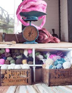 Texturable wool yarn and roving