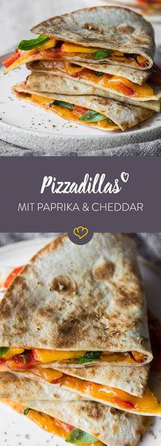 Mach deine Tortilla mit Pizzasauce, Cheddar und Paprika zur Pizzadilla. 15 Minuten in der Pfanne - schon ist der italienisch-mexikanischen Snack fertig.