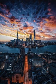 Photo by Drincool Sunset skyline 🌃 Shanghai, China. Photo by Drincool. Urban Photography, Street Photography, Landscape Photography, Nature Photography, Photography Ideas, Cityscape Photography, Landscape Arquitecture, City Vibe, City Aesthetic