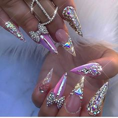 12 unique trending nail art designs for Hot nail right nail now in fashion. Stiletto nails, rainbow almond nails, Ombre rounded nail art designs for summer. Glam Nails, Hot Nails, Bling Nails, Beauty Nails, Bling Nail Art, Purple Nails, Bling Bling, Beautiful Nail Designs, Cute Nail Designs