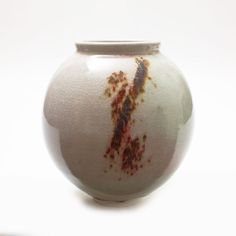 Contemporary Ceramics Centre - Small/Medium Moon Jar - Adam Buick Moon Jar, Contemporary Ceramics, Buick, Ceramic Pottery, Jars, Centre, Objects, Portraits, Touch