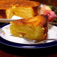 レモンとメープルシロップが 入ったケーキです。 レモンの酸っぱさと メープルの甘さが ほどよく調和されて さっぱりと食べられます たまにはこんな酸っぱいケーキも ありかな〜(〃艸〃) - 135件のもぐもぐ - メープルレモンケーキ by りさ