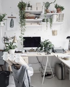 home Office Decor Workspace Inspiration, Room Inspiration, Ideas Hogar, Home Office Desks, Office Workspace, Office Setup, Home And Deco, My New Room, Office Interiors