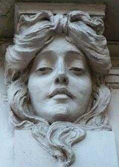 The silent stare.a mystery all its own. Art Nouveau, Art Deco, Art Sculpture, Sculptures, Statues, Sculpture Romaine, Art Beauté, Arte Fashion, Jugendstil Design