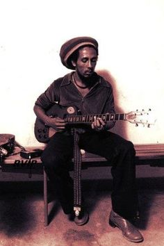 Love this photo. There will never be another Bob Marley!!!!!!!!