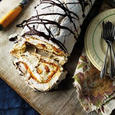 Banoffee meringue roulade