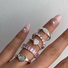 """EVRY JEWELS™️ on Instagram: """"A silver heavenly stack💕⛓"""" Nail Jewelry, Cute Jewelry, Jewelry Accessories, Pink Jewelry, Cute Rings, Pretty Rings, Piercings, Aesthetic Rings, Lunette Style"""