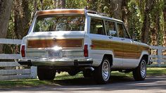 Beautiful 1985 Wagoneer Limited with air deflector.