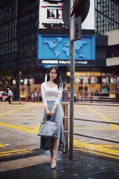 Korean Fashion Trends, Asian Fashion, Kpop Outfits, Korean Outfits, Classy Dress, Classy Outfits, Skirt Fashion, Fashion Dresses, Professional Outfits