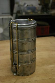Awesome DIY Tutorial - Make this Fantastic Tiffin Box from Tuna Cans! It looks like the old military issue tins. It has multiple compartments for storing snacks, tiny treasures, jewelry findings - whatever!  #recycle :)